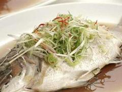 南海鱼鲜十大碟之清蒸鱼