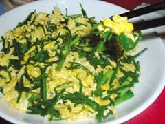 野葱炒鸡蛋