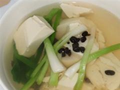 葱豉豆腐汤