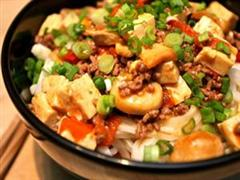 鲜蘑菇炖豆腐