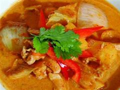 红咖喱彩椒鸡