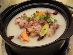 砂锅排骨汤