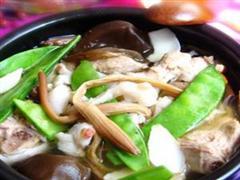 蔬菜百合排骨煲