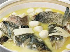 砂锅鱼头丸子