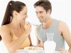 提高生育能力注重锌硒的摄入 未准爸爸备孕的注意事项