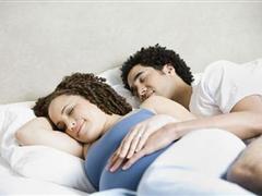 孕期不同阶段行房有何要点 孕期性生活准爸爸该怎么做